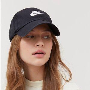 Nike Accessories - Nike Sportswear Baseball Hat